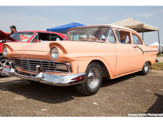 Car show dave and debbies peach 2015